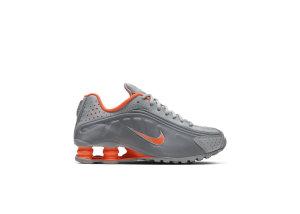 Nike  Shox R4 Light Smoke Grey (GS) Light Smoke Grey/Particle Grey/Metallic Silver (CW2626-001)