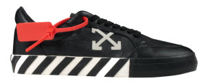 OFF-WHITE  Vulc Low Black Leather FW19 Black (OMIA085f19D680011001)
